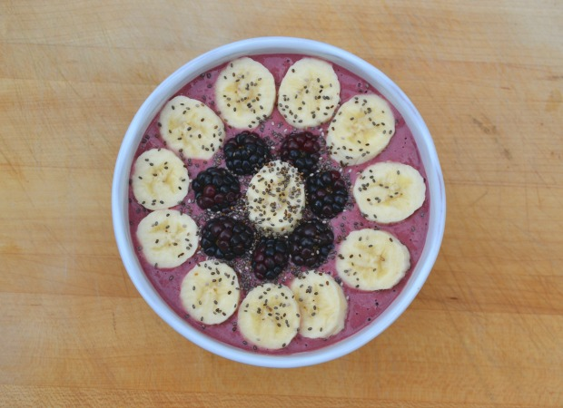 smoothie bowl, banana berry smoothie bowl, banana, berry, blackberry, raspberry, purple smoothie bowl, smoothie