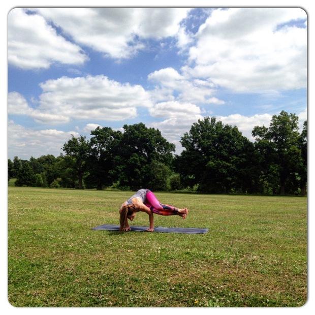 Mid-week yoga, hump day yoga, Wednesday yoga classes, Yoga London,  London Yoga, ashtanga vinyasa, ashtanga vinyasa yoga, vinyasa yoga, yoga class, yoga classes, Camden yoga, Crow Pose, Bakasana, Side Crow Pose, Parsva Bakasana