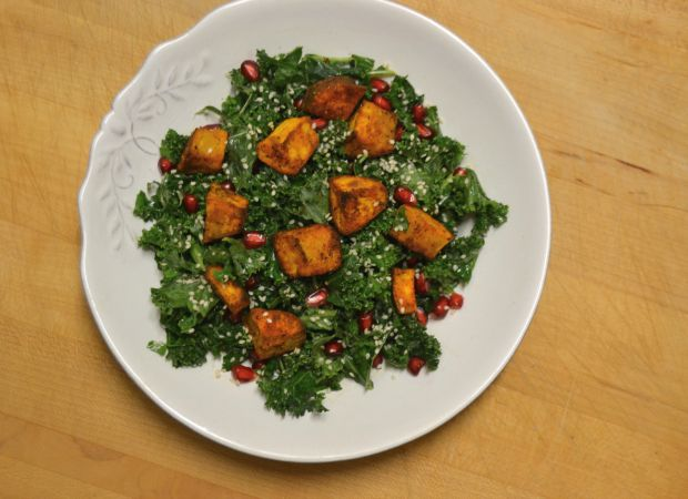 sweet potato, kale, kale salad, gluten free, dairy free, raw vegan, vegan, veggies, vegetarian, recipes, clean eats, healthy, nutrition, eat the rainbow, easy dinner, meatless monday, meatfree, meatfree monday, veggie option, greens