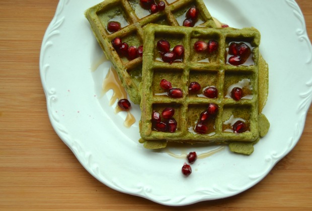 waffles, breakfast, brunch, Christmas breakfast, spinach, Organic Burst, Merry Christmas, Christmas, Christmas baking, Christmas tree, coconut sugar, refined sugar free, chocolate, homemade, recipes, dairy free, gluten free, yoga girl, healthy, nutrition, health bloggers, food blog
