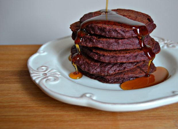 pancakes, pancake day, red velvet, red velvet pancakes, chocolate, raw cacao, vegan, gluten free, dairy free, refined sugar free, Shrove Tuesday, February, Valentine's Day, coconut oil, beetroot, veggies, vegetarian, paleo, clean eats, healthy living, healthy food